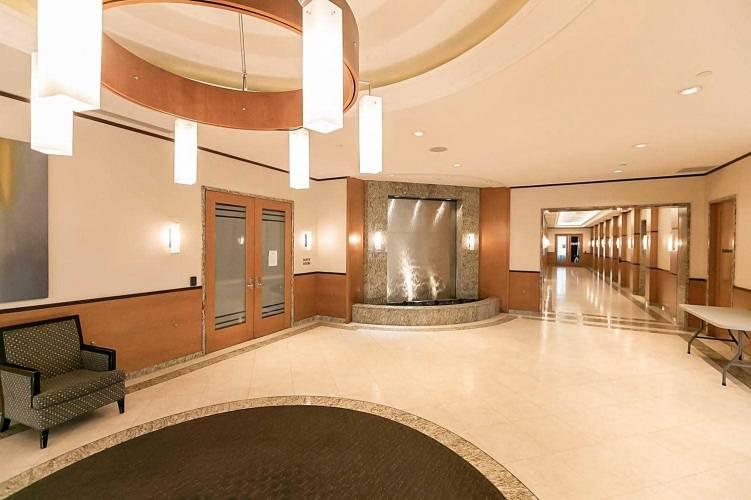 25 Viking Lane, Toronto, Ontario M9B0A1, 2 Bedrooms Bedrooms, 5 Rooms Rooms,2 BathroomsBathrooms,Condo Apt,Sale,Viking,W4802623