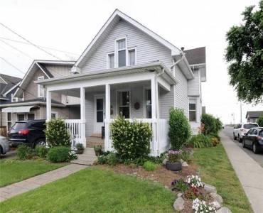 305 Beach Blvd- Hamilton- Ontario L8H 6W3, 3 Bedrooms Bedrooms, 6 Rooms Rooms,1 BathroomBathrooms,Detached,Sale,Beach,X4803515