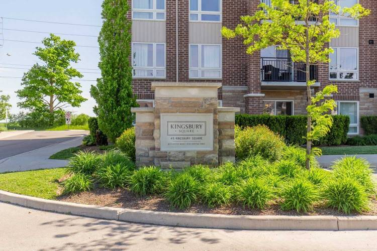 45 Kingsbury Sq, Guelph, Ontario N1L0L2, 3 Bedrooms Bedrooms, 7 Rooms Rooms,2 BathroomsBathrooms,Condo Apt,Sale,Kingsbury,X4788705