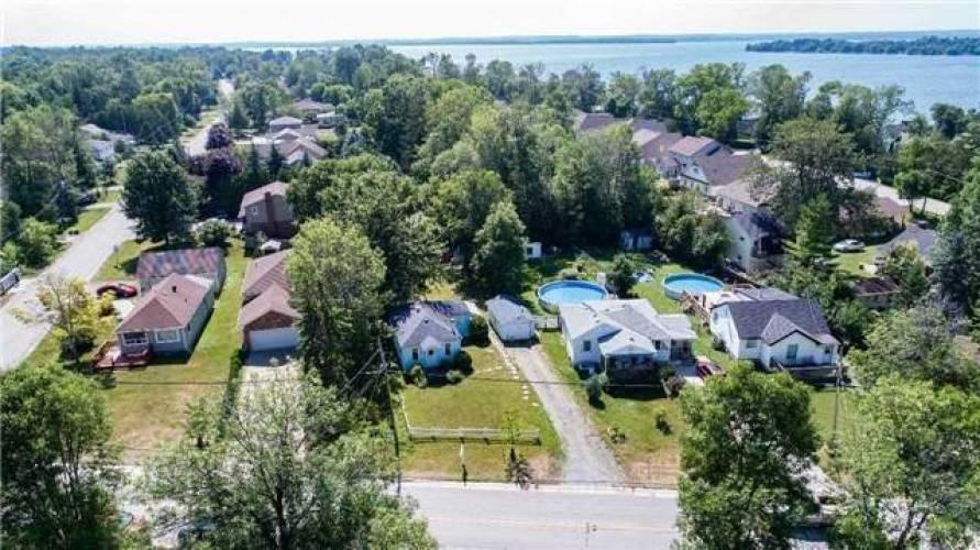 27172 Woodbine Ave- Georgina- Ontario L4P 3E9, 2 Bedrooms Bedrooms, 5 Rooms Rooms,1 BathroomBathrooms,Detached,Sale,Woodbine,N4804093