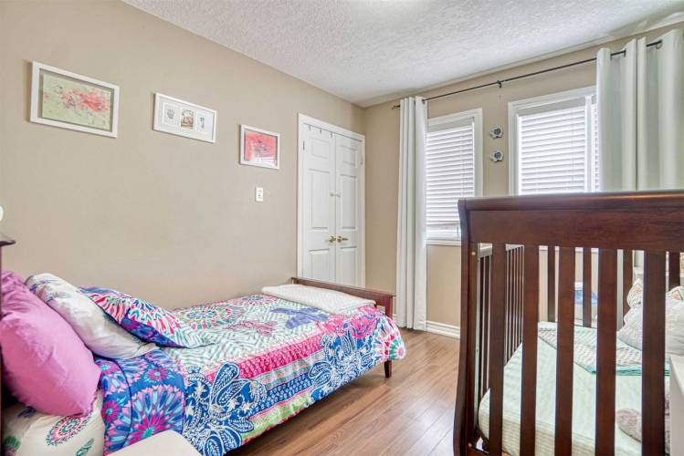 18 Basswood Dr- Barrie- Ontario L4N9P2, 3 Bedrooms Bedrooms, 7 Rooms Rooms,3 BathroomsBathrooms,Detached,Sale,Basswood,S4804457