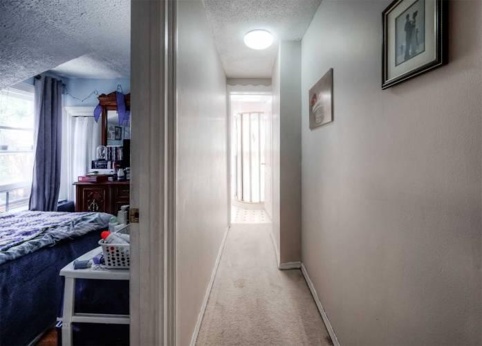 84 Marlborough Crt, Brantford, Ontario N3T2S3, 3 Bedrooms Bedrooms, 6 Rooms Rooms,1 BathroomBathrooms,Semi-detached,Sale,Marlborough,X4804434