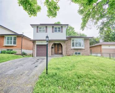19 Hillier St, Clarington, Ontario L1C3S5, 4 Bedrooms Bedrooms, 8 Rooms Rooms,2 BathroomsBathrooms,Detached,Sale,Hillier,E4781494