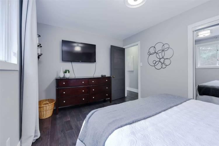 256 Spencer Ave- Essa- Ontario L0L2N0, 3 Bedrooms Bedrooms, 7 Rooms Rooms,2 BathroomsBathrooms,Detached,Sale,Spencer,N4805050