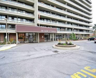 8111 Yonge St- Markham- Ontario L3T4V9, 3 Bedrooms Bedrooms, 6 Rooms Rooms,2 BathroomsBathrooms,Condo Apt,Sale,Yonge,N4769916