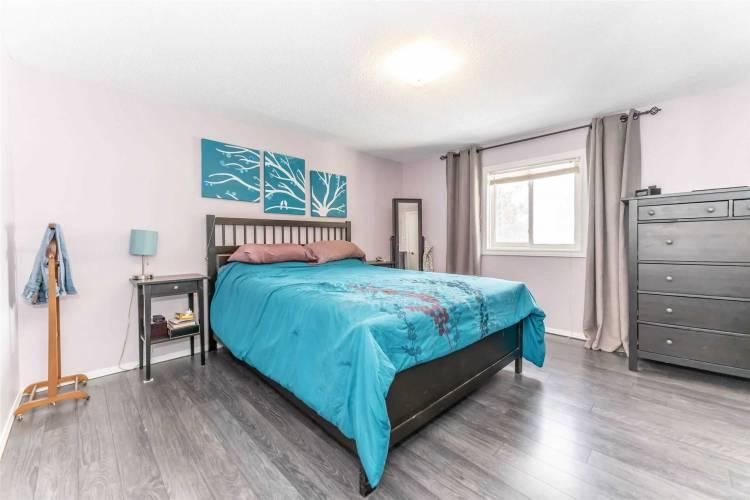 938 Yonge St, Barrie, Ontario L9J 0E7, 4 Bedrooms Bedrooms, 10 Rooms Rooms,2 BathroomsBathrooms,Detached,Sale,Yonge,S4763931