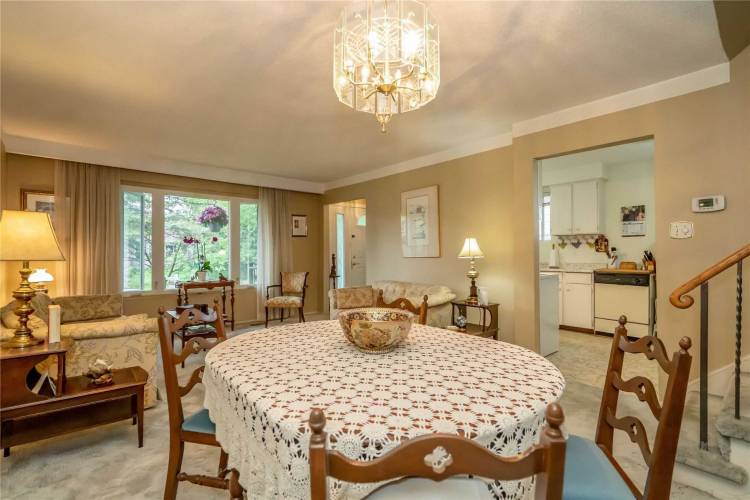 12 College Cres- Barrie- Ontario L4M2W2, 3 Bedrooms Bedrooms, 10 Rooms Rooms,2 BathroomsBathrooms,Detached,Sale,College,S4805325