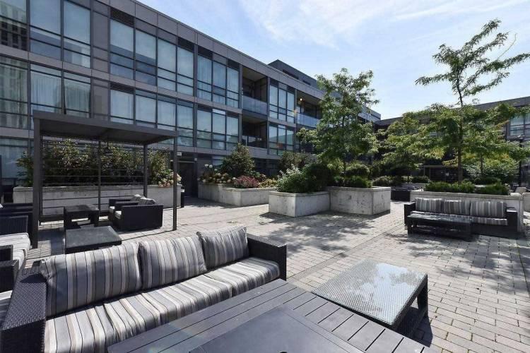 8 Fieldway Rd- Toronto- Ontario M8Z 3L1, 1 Bedroom Bedrooms, 4 Rooms Rooms,1 BathroomBathrooms,Condo Apt,Sale,Fieldway,W4804185