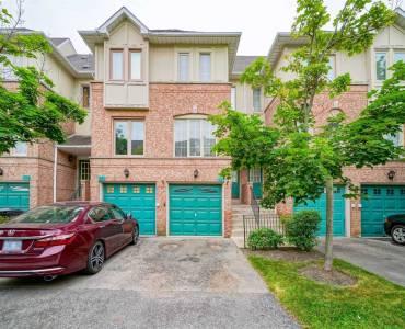 1050 Bristol Rd- Mississauga- Ontario L5V2E8, 3 Bedrooms Bedrooms, 6 Rooms Rooms,3 BathroomsBathrooms,Condo Townhouse,Sale,Bristol,W4804353