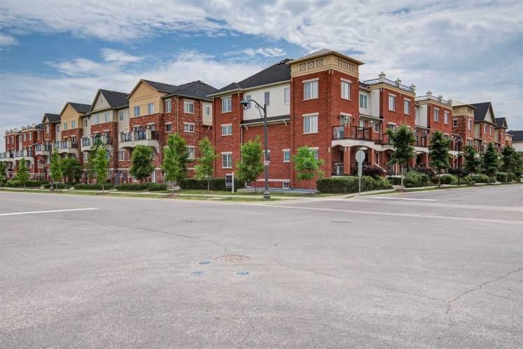 2460 Post Rd, Oakville, Ontario L6H0J2, 2 Bedrooms Bedrooms, 5 Rooms Rooms,2 BathroomsBathrooms,Condo Townhouse,Sale,Post,W4804614