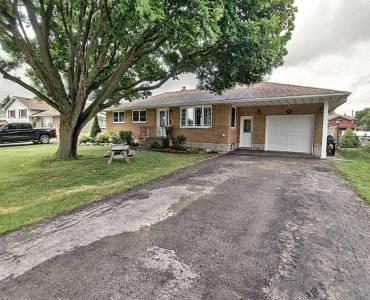 1003 Queen St- Norfolk- Ontario N0J1E0, 3 Bedrooms Bedrooms, 6 Rooms Rooms,1 BathroomBathrooms,Detached,Sale,Queen,X4805386