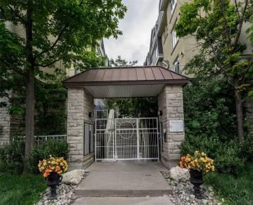 28 Stadium Rd, Toronto, Ontario M5V3P4, 2 Bedrooms Bedrooms, 5 Rooms Rooms,1 BathroomBathrooms,Condo Townhouse,Sale,Stadium,C4805068