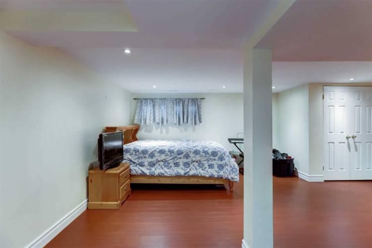 1235 Radom St, Pickering, Ontario L1W3B8, 3 Bedrooms Bedrooms, 6 Rooms Rooms,3 BathroomsBathrooms,Condo Townhouse,Sale,Radom,E4805352