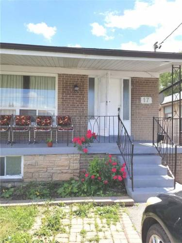 17 Daystrom Dr- Toronto- Ontario M9M2A8, 4 Bedrooms Bedrooms, 7 Rooms Rooms,3 BathroomsBathrooms,Semi-detached,Sale,Daystrom,W4806060