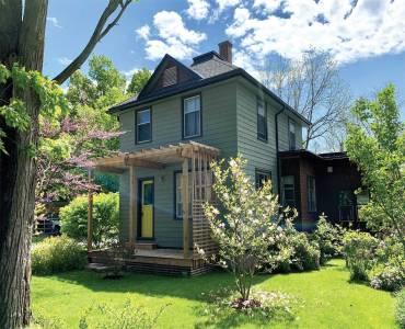 19 Victoria Pl, Bluewater, Ontario N0M 1G0, 3 Bedrooms Bedrooms, 8 Rooms Rooms,2 BathroomsBathrooms,Detached,Sale,Victoria,X4759396