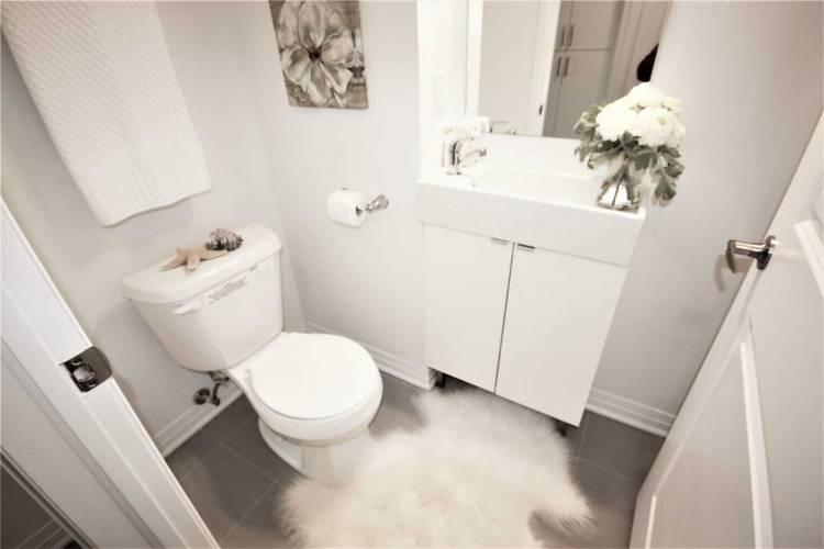 1900 Simcoe St- Oshawa- Ontario L1G4Y3, 1 Room Rooms,1 BathroomBathrooms,Condo Apt,Sale,Simcoe,E4805849