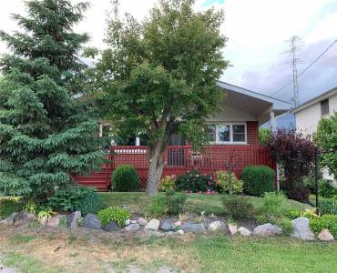 29 Maple St- Uxbridge- Ontario L9P1C8, 3 Bedrooms Bedrooms, 5 Rooms Rooms,2 BathroomsBathrooms,Detached,Sale,Maple,N4806391