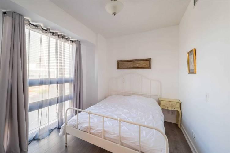 2200 Lake Shore Blvd, Toronto, Ontario M8V1A4, 2 Bedrooms Bedrooms, 5 Rooms Rooms,2 BathroomsBathrooms,Condo Apt,Sale,Lake Shore,W4786303