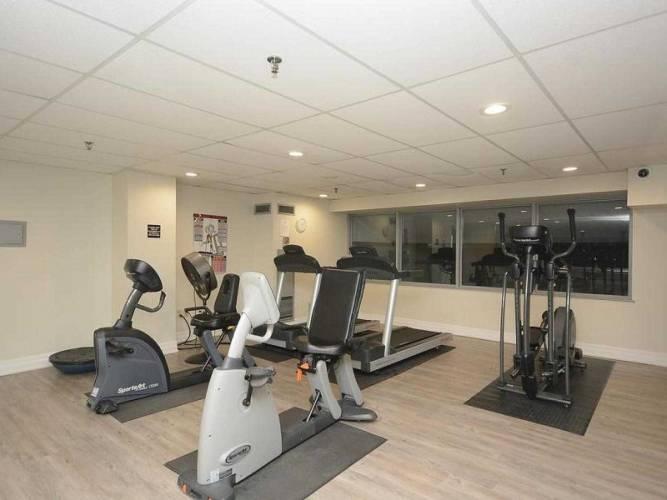 30 Malta Ave, Brampton, Ontario L6Y 4S5, 3 Bedrooms Bedrooms, 10 Rooms Rooms,2 BathroomsBathrooms,Condo Apt,Sale,Malta,W4789945
