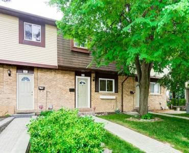 45 Hansen Rd, Brampton, Ontario L6V3C5, 3 Bedrooms Bedrooms, 8 Rooms Rooms,1 BathroomBathrooms,Condo Townhouse,Sale,Hansen,W4805671
