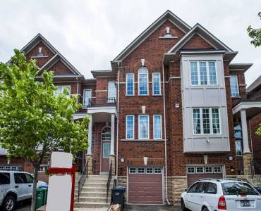 43 Mcmurchy Ave- Brampton- Ontario L6X1X4, 3 Bedrooms Bedrooms, 7 Rooms Rooms,3 BathroomsBathrooms,Att/row/twnhouse,Sale,Mcmurchy,W4806794
