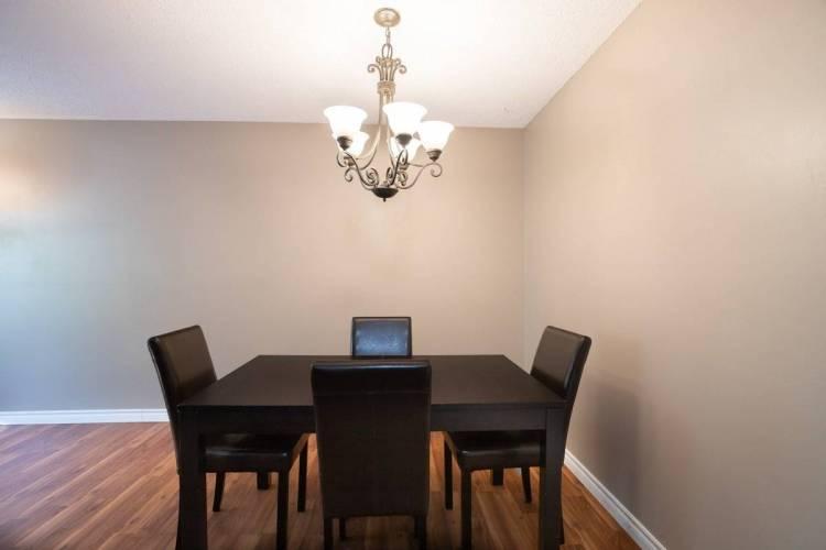 234 Willow Rd, Guelph, Ontario N1H7C6, 2 Bedrooms Bedrooms, 6 Rooms Rooms,1 BathroomBathrooms,Condo Apt,Sale,Willow,X4805555