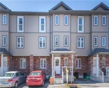 55 Mooregate Cres, Kitchener, Ontario N2M 0A6, 3 Bedrooms Bedrooms, 5 Rooms Rooms,3 BathroomsBathrooms,Condo Townhouse,Sale,Mooregate,X4806151