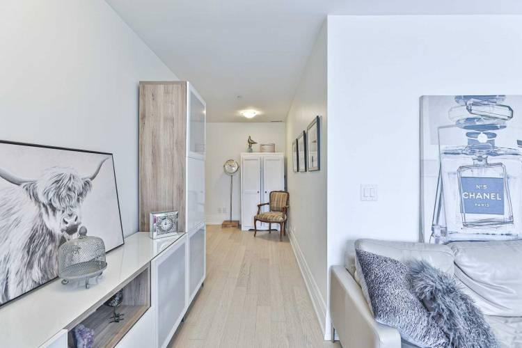25 Malcolm Rd- Toronto- Ontario M4G1X7, 1 Bedroom Bedrooms, 4 Rooms Rooms,1 BathroomBathrooms,Condo Apt,Sale,Malcolm,C4806547