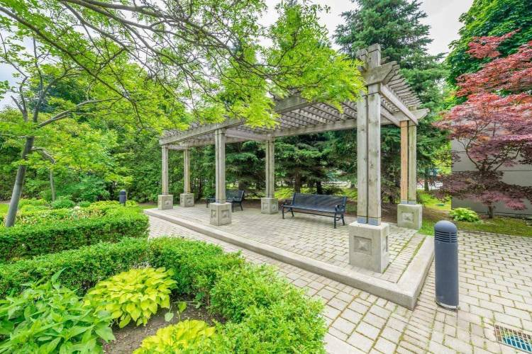28 Harrison Garden Blvd, Toronto, Ontario M2N7B5, 1 Bedroom Bedrooms, 4 Rooms Rooms,1 BathroomBathrooms,Condo Apt,Sale,Harrison Garden,C4806859