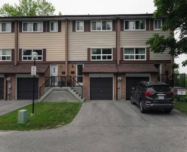 320 Blackthorn St- Oshawa- Ontario L1K1K9, 3 Bedrooms Bedrooms, 6 Rooms Rooms,2 BathroomsBathrooms,Condo Townhouse,Sale,Blackthorn,E4806652