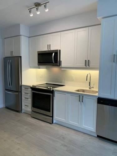 7895 Jane St- Vaughan- Ontario L4K2M7, 1 Bedroom Bedrooms, 5 Rooms Rooms,2 BathroomsBathrooms,Condo Apt,Sale,Jane,N4806801