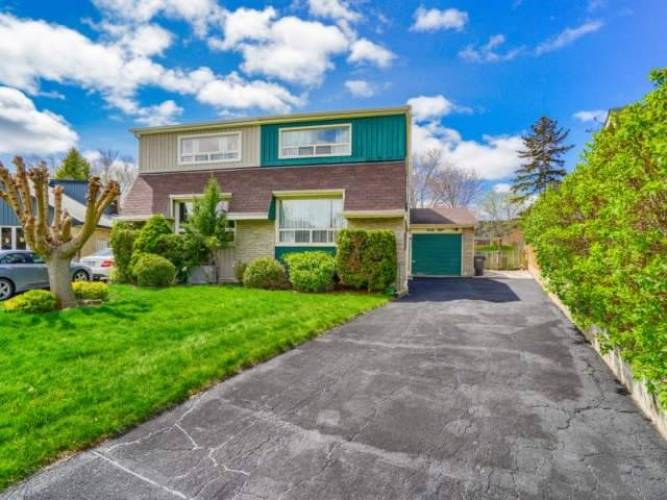 68 Bow River Cres- Mississauga- Ontario L5N1J2, 3 Bedrooms Bedrooms, 6 Rooms Rooms,2 BathroomsBathrooms,Semi-detached,Sale,Bow River,W4807471