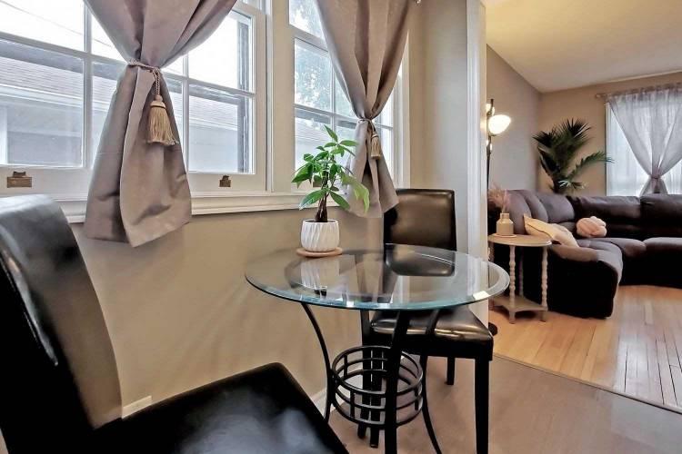 Oshawa- Ontario, 2 Bedrooms Bedrooms, 5 Rooms Rooms,2 BathroomsBathrooms,Detached,Sale,E4807145