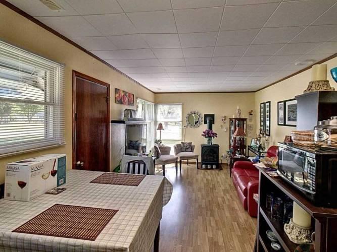 87 Robinson St- Bayham- Ontario N0J1T0, 2 Bedrooms Bedrooms, 5 Rooms Rooms,1 BathroomBathrooms,Detached,Sale,Robinson,X4778874
