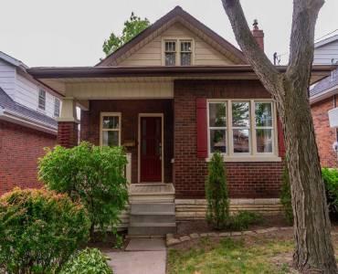 111 Wood St- Oshawa- Ontario L1G 2B5, 1 Bedroom Bedrooms, 5 Rooms Rooms,1 BathroomBathrooms,Detached,Sale,Wood,E4807312