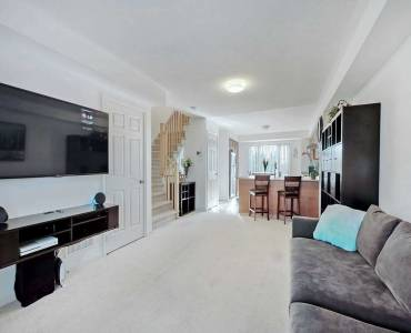 15947 Bayview Ave- Aurora- Ontario L4J0S3, 2 Bedrooms Bedrooms, 7 Rooms Rooms,3 BathroomsBathrooms,Condo Townhouse,Sale,Bayview,N4807309
