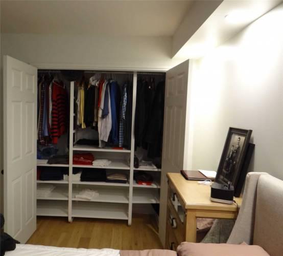 1360 Rathburn Rd- Mississauga- Ontario L4W4H4, 1 Bedroom Bedrooms, 5 Rooms Rooms,1 BathroomBathrooms,Condo Apt,Sale,Rathburn,W4716766