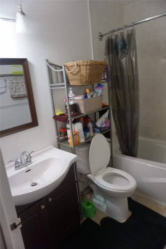 3025 The Credit Woodlands Rd- Mississauga- Ontario L5C 2V3, 4 Bedrooms Bedrooms, 7 Rooms Rooms,2 BathroomsBathrooms,Condo Townhouse,Sale,The Credit Woodlands,W4807146
