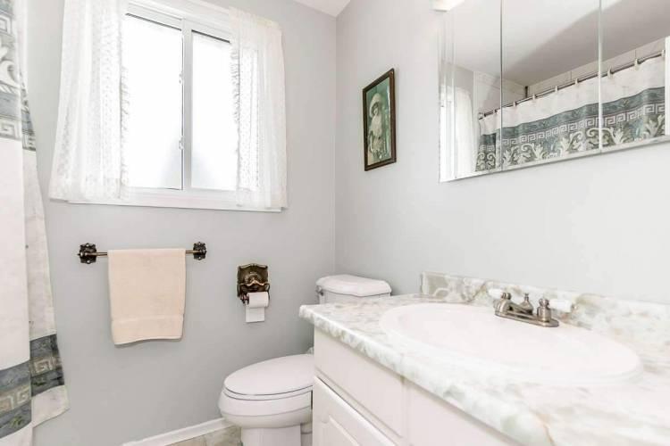 5 Eastern Ave- New Tecumseth- Ontario L0G1W0, 4 Bedrooms Bedrooms, 8 Rooms Rooms,4 BathroomsBathrooms,Detached,Sale,Eastern,N4807869