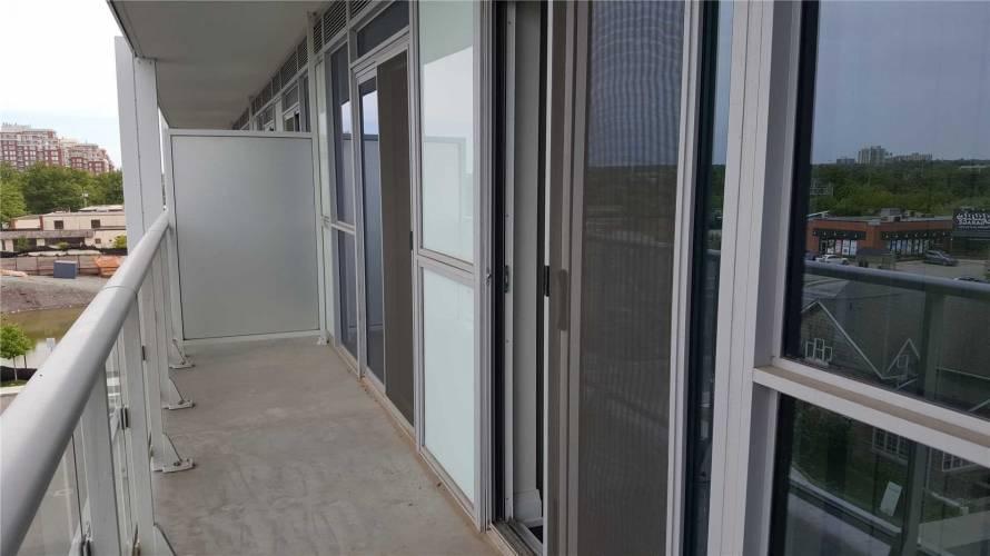 65 Speers Rd- Oakville- Ontario L6K3V5, 1 Bedroom Bedrooms, 2 Rooms Rooms,1 BathroomBathrooms,Condo Apt,Sale,Speers,W4807695