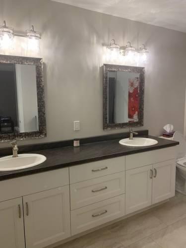 111 Lafayette St, Haldimand, Ontario N0A1J0, 3 Bedrooms Bedrooms, 7 Rooms Rooms,3 BathroomsBathrooms,Detached,Sale,Lafayette,X4808132