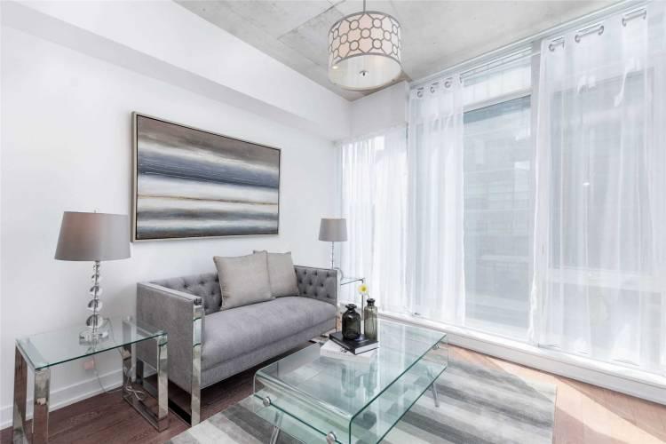 1190 Dundas St- Toronto- Ontario M4M1S3, 2 Bedrooms Bedrooms, 5 Rooms Rooms,2 BathroomsBathrooms,Condo Apt,Sale,Dundas,E4808062