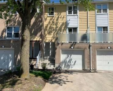 1772 John St, Markham, Ontario L3T1Y9, 4 Bedrooms Bedrooms, 7 Rooms Rooms,2 BathroomsBathrooms,Condo Townhouse,Sale,John,N4808330