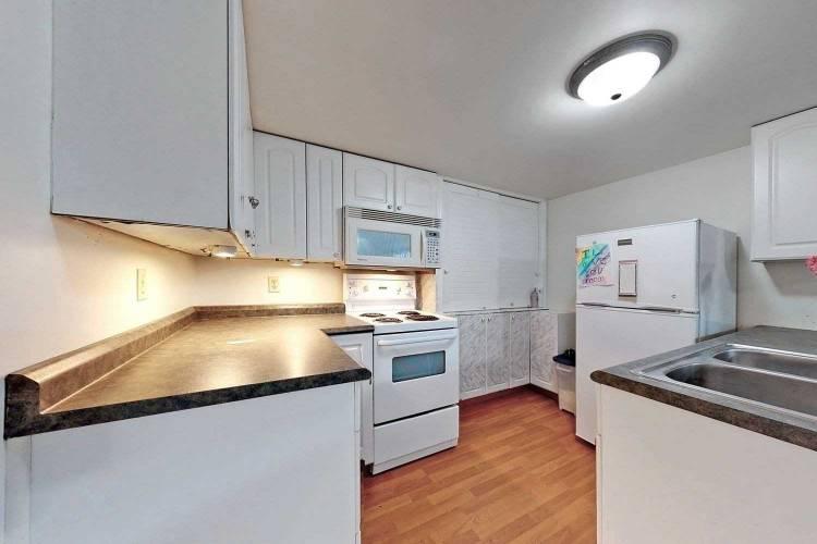 922 Walnut Crt- Oshawa- Ontario L1H2H9, 3 Bedrooms Bedrooms, 6 Rooms Rooms,2 BathroomsBathrooms,Detached,Sale,Walnut,E4808531