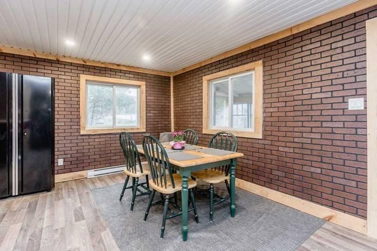 8109 Highway 93- Tiny- Ontario L0K 2E0, 2 Bedrooms Bedrooms, 7 Rooms Rooms,1 BathroomBathrooms,Detached,Sale,Highway 93,S4808825