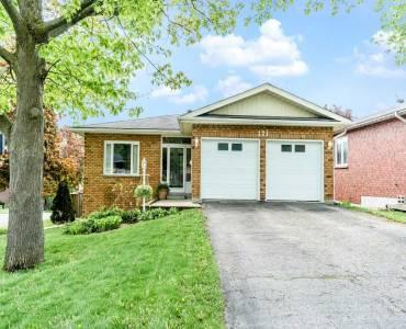 121 Letitia St- Barrie- Ontario L4N 1P4, 3 Bedrooms Bedrooms, 6 Rooms Rooms,2 BathroomsBathrooms,Detached,Sale,Letitia,S4808956