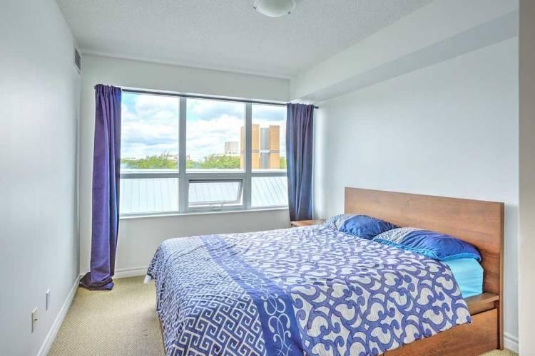 35 Saranac Blvd, Toronto, Ontario M6A2G5, 2 Bedrooms Bedrooms, 4 Rooms Rooms,2 BathroomsBathrooms,Condo Apt,Sale,Saranac,C4808691