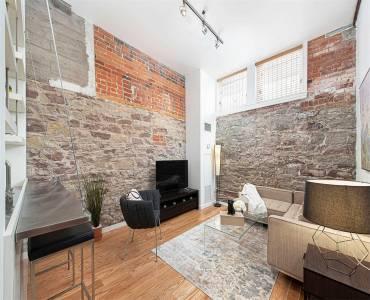 915 King St- Toronto- Ontario M6K3M2, 1 Bedroom Bedrooms, 4 Rooms Rooms,1 BathroomBathrooms,Condo Apt,Sale,King,C4808941