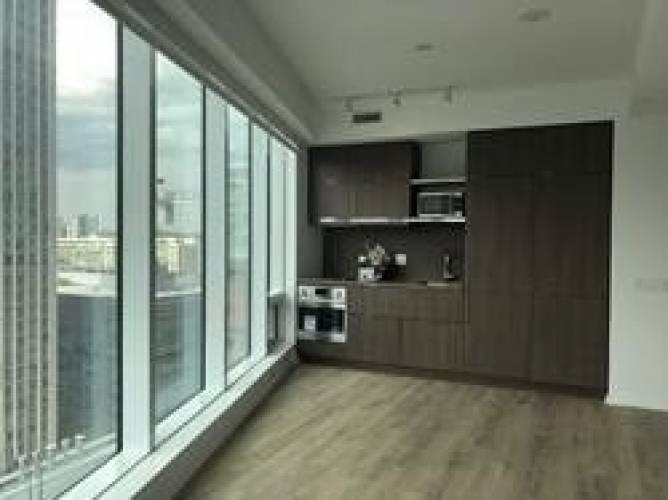 197 Yonge St, Toronto, Ontario M5B1M4, 3 Rooms Rooms,1 BathroomBathrooms,Condo Apt,Sale,Yonge,C4809005