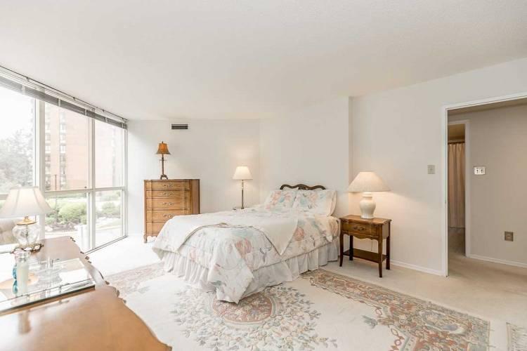 20 Baif Blvd- Richmond Hill- Ontario L4C8T1, 3 Bedrooms Bedrooms, 7 Rooms Rooms,2 BathroomsBathrooms,Condo Apt,Sale,Baif,N4808998